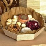 Cestas octogonais de madeira para queijos pequenos